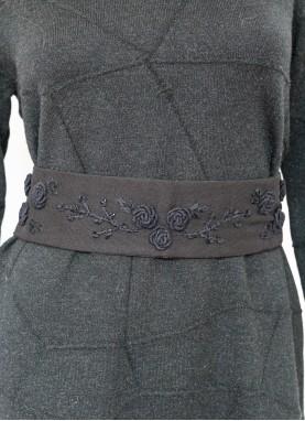 Brau brodat manual,handmade, unicat, Trandafirasi , Negru