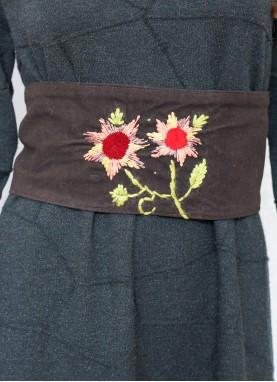Brau brodat manual,handmade, unicat, Floarea Soarelui
