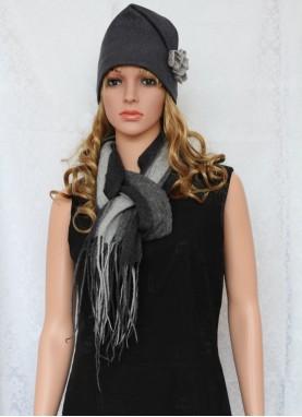 Set esarfa si caciula din lana impaslita, handmade, unicat,Gri